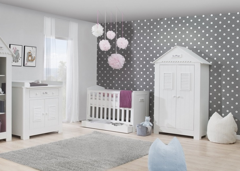 babyzimmer kinderzimmer wei saint tropez set a komplett bett schrank kommodeneu ebay. Black Bedroom Furniture Sets. Home Design Ideas