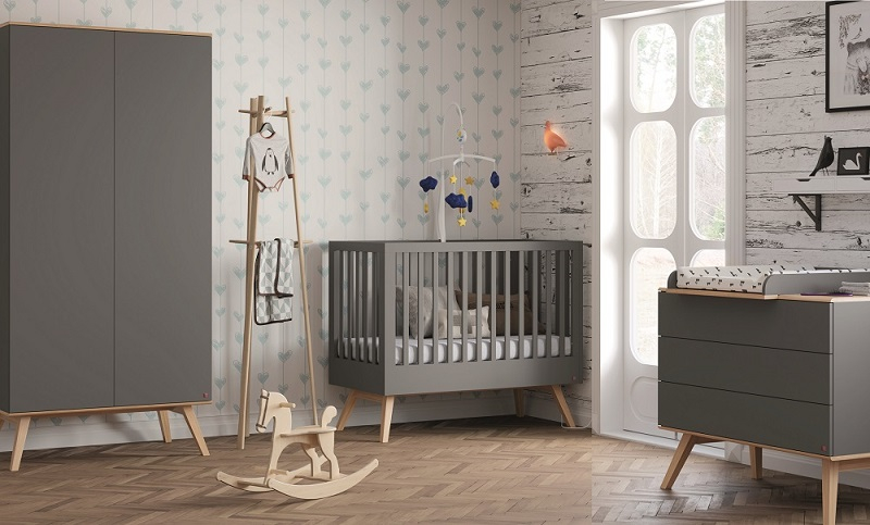 babyzimmer komplett 4 tlg nils qmm traummoebel. Black Bedroom Furniture Sets. Home Design Ideas